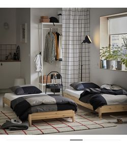 Bed Frame for Sale in Schaumburg,  IL