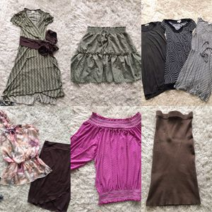 FREE BAG OF LADIES CLOTHING SIZES 0 Xs Small Porch Pick Up Off 302nd Rural Gresham for Sale in Gresham, OR