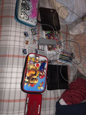2 Nintendo 3DS 1 Nintendo 2DS With Games, Carrying Case, Styluses, And Charger. for Sale in Alameda, CA