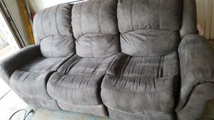 Nice clean couch for Sale in Riverview, FL
