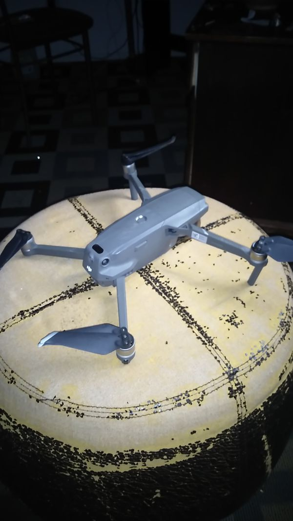 Dji Mavic 2 Pro with Smart Controller (Used/Excellent Condition)