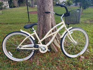 Sun bikes 3 speed cruiser with basket (26 inch wheels) for Sale in Fort Lauderdale, FL