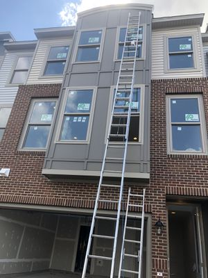 40 ft ladder for Sale in Chantilly, VA