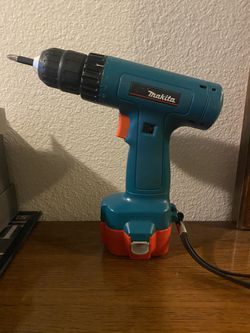 Marita cordless drill like new condition for Sale in Seattle,  WA