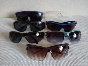 7 Pairs Sunglasses for Sale in San Diego, CA