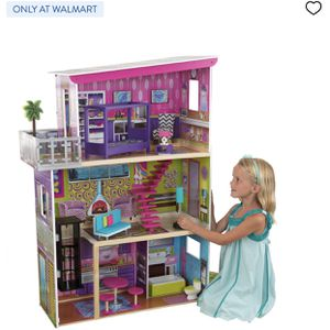 Dollhouse For Sale $60 for Sale in Long Beach, CA