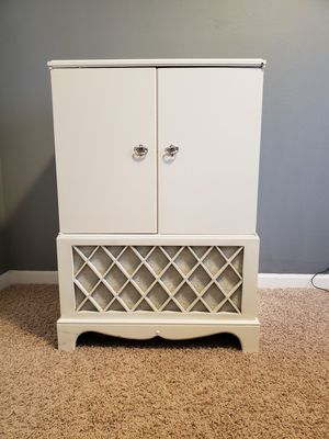 White Cabinet for Sale in Ankeny, IA