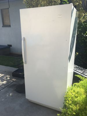REFRIGERATOR ONLY - NO FREEZER SECTION ($300 FIRM) EXCELLENT CONDITION for Sale in Fresno, CA