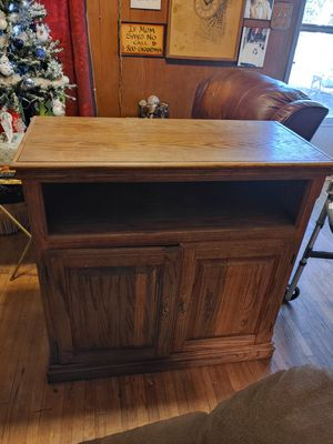 Tv/stereo Solid Wood Cabinet for Sale in Fort Worth, TX