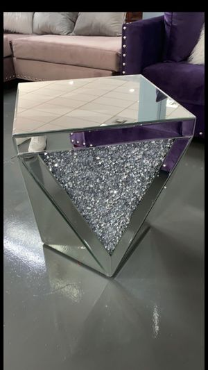 New end table for Sale in Houston, TX