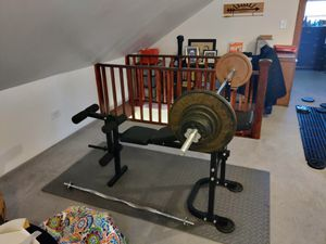 Adjustable Weight Bench + Barbell and Weights /w accessories for Sale in Burbank, IL