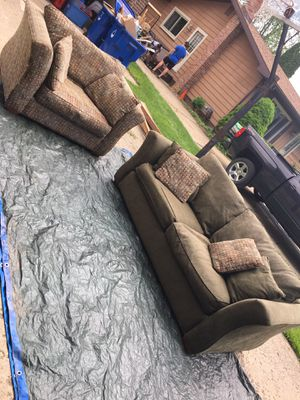 Couch's for sale (2piece/PullOutBed) for Sale in Southfield, MI