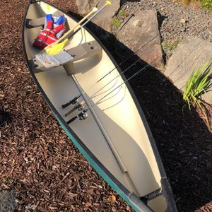 Canoe- 15.5 Ft PELICAN - Family Fishing Explorer Package for Sale in Tualatin, OR