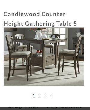 New center top island table. Mesa tipo isla nueva. for Sale in Chicago, IL