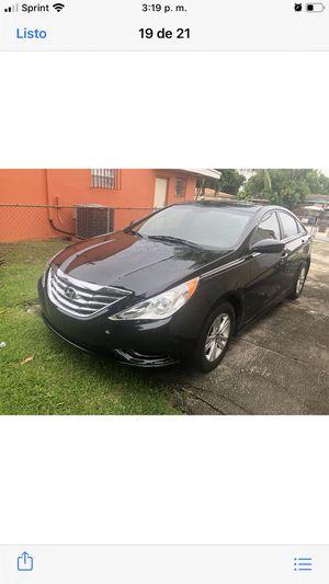 Hyundai sonata 2014 for Sale in Hialeah, FL