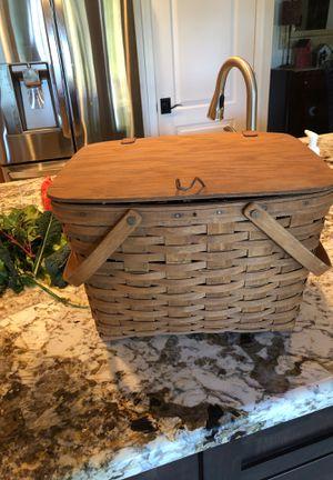 Longaberger large classic picnic basket w/ riser for Sale in Scottsdale, AZ