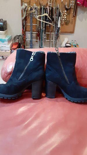 Women's 9 black boots for Sale in Overland Park, KS