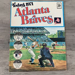 Today's 1971 Atlanta Braves Official Major League Baseball Players Program With Stamps Inc Hank Aaron Not Card for Sale in Yorba Linda, CA