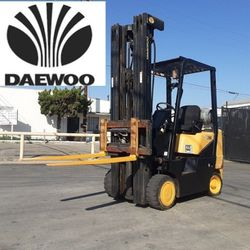 """FORKLIFT """"DAEWOO"""" $3,790!!!! SPECIALTY LIFT MAST GOES OVER """"21 FEET W SIDE-SFIFT!!! 5- K CAP RUNS EXCELLENT!!! %100 ISSUE FREE...$3,790!!!! WHOLESALE for Sale in Long Beach,  CA"""