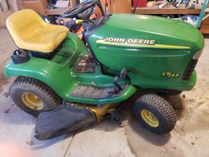 John Deere LT 155 lawn tractor for Sale in North Olmsted, OH