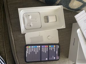 iPhone XR for Sale in North Chesterfield, VA