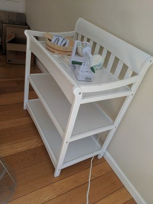 Diaper changing table for Sale in Walnut Creek, CA