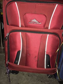 Two Used Medium Suitcases for Sale in Vancouver,  WA