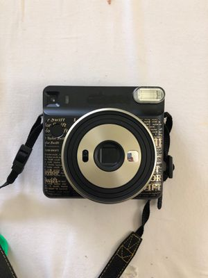 Fujifilm instax square 6 (Taylor swift edition) for Sale in Rockville, MD