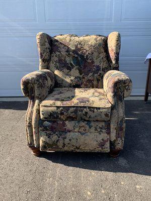 Birkline Recliner. Excellent condition. for Sale in Plain City, OH