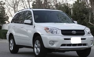Needs.Nothing 2005 Toyota Rav4 Needs.Nothing AWDWheels One Owner for Sale in Norfolk, VA