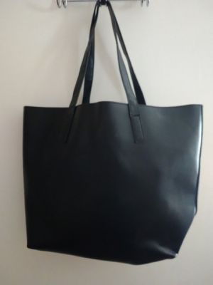 Purse perfect condition for Sale in Perris, CA