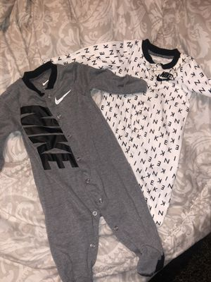 Nike outfit for baby for Sale in Reedley, CA