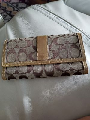 Coach wallet for Sale in Saint Charles, MO