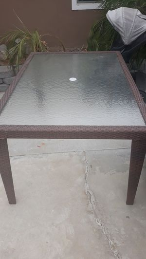 Wicker Patio table for Sale in Anaheim, CA