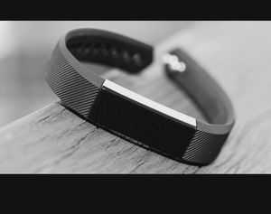 Fitbit Alta for Sale in Pittsburgh, PA
