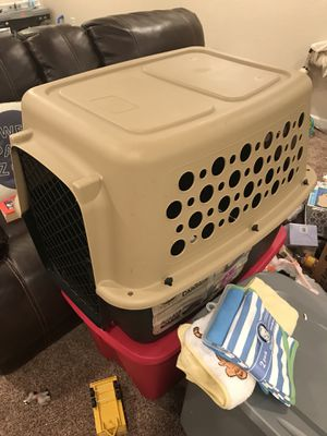 Pet Champion Carrier/Kennel for Sale in Center Point, IA