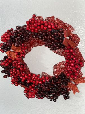 Berry wreath for Sale in Tustin, CA