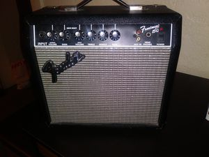 Fender Frontman 15G Amp for Sale in Tacoma, WA
