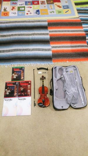 "24"" Violin With 8.5"" Shoulder Rest, Clean Bow with Rosin Box, and Case (HUGE DEAL) for Sale in Las Vegas, NV"