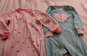 Baby girl sleepwear size 3T for free. for Sale in Elmwood Park, IL
