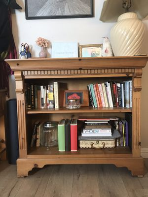 Beautiful Wooden Bookshelf for Sale in West Los Angeles, CA