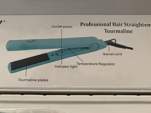 Brand new hair straightener for Sale in Henderson, NV