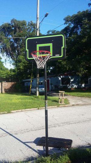 Lifetime basketball hoop for Sale in Orlando, FL