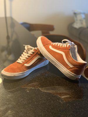 Vans orange suede 10.5 for Sale in Atlanta, GA