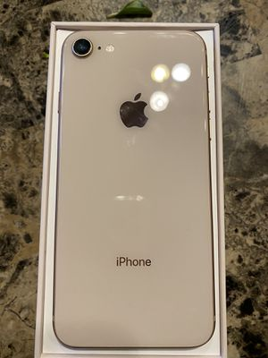 iPhone 8 64G unlocked for Sale in Peoria, AZ