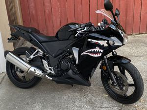 I sell my 2013 honda cbr 250R with 8000 miles I am selling it almost I do not use it and that is the reason I am selling it for Sale in San Mateo, CA