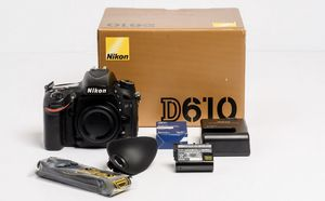Nikon D610 Full Frame DSLR for Sale in Downers Grove, IL