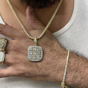 Chain Pendant And Bracelet for Sale in Miami, FL
