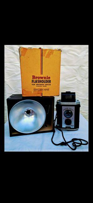 Vintage Brownie reflex for Sale in Phoenix, AZ