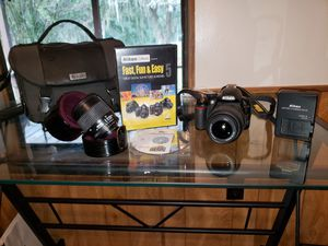 Nikon digital camera bundle pack 2 lenses for Sale in Lithia, FL
